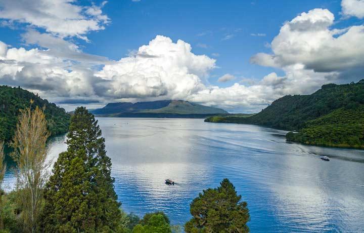 Rotorua-Mark-Smith-Lake-Tarawera